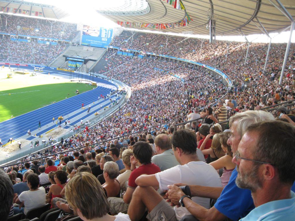 Das Olympiastadion Berlin fasst 76000 Zuschauer