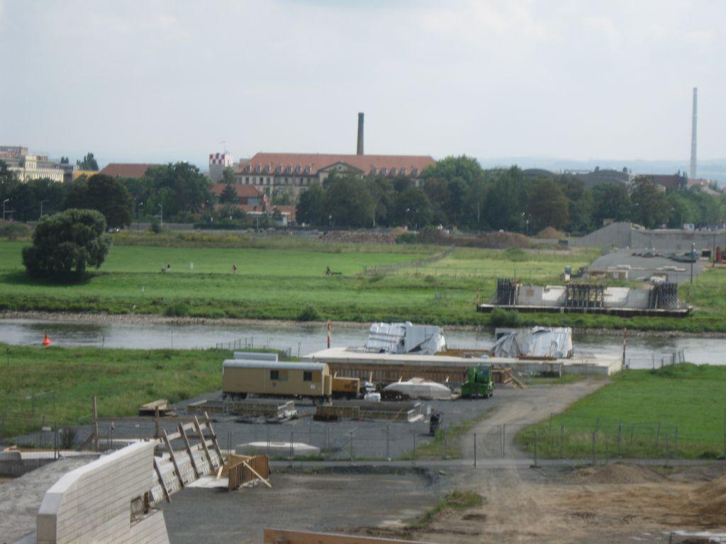 Elbtal vor Dresden - Diese Brücke über das Elbtal kostete das UNESCO-Label