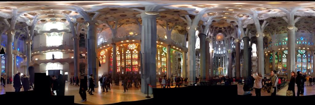 Sagrada Familia, Panoramasicht innen
