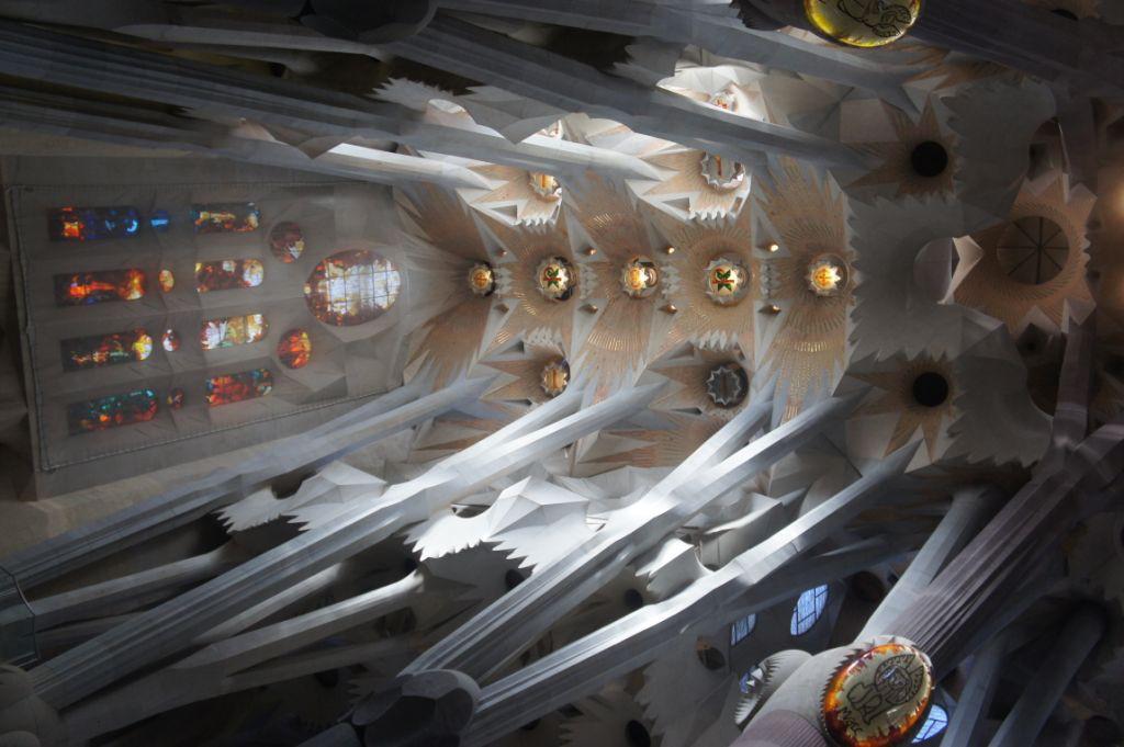La Sagrada Familia, Gewölbe